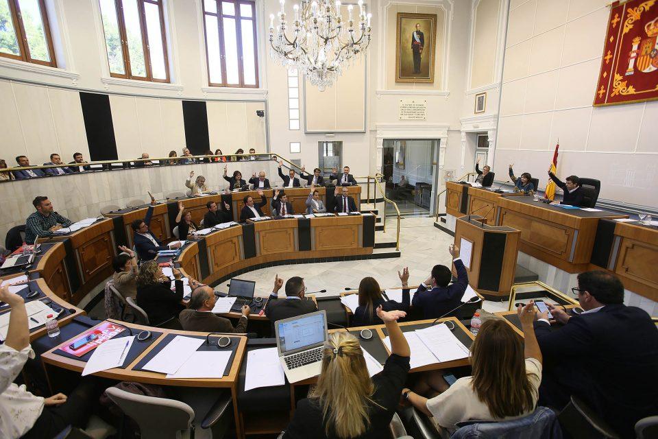 Diputación respalda a la UNDEF en sus peticiones respecto a la pólvora en Moros y Cristianos 6
