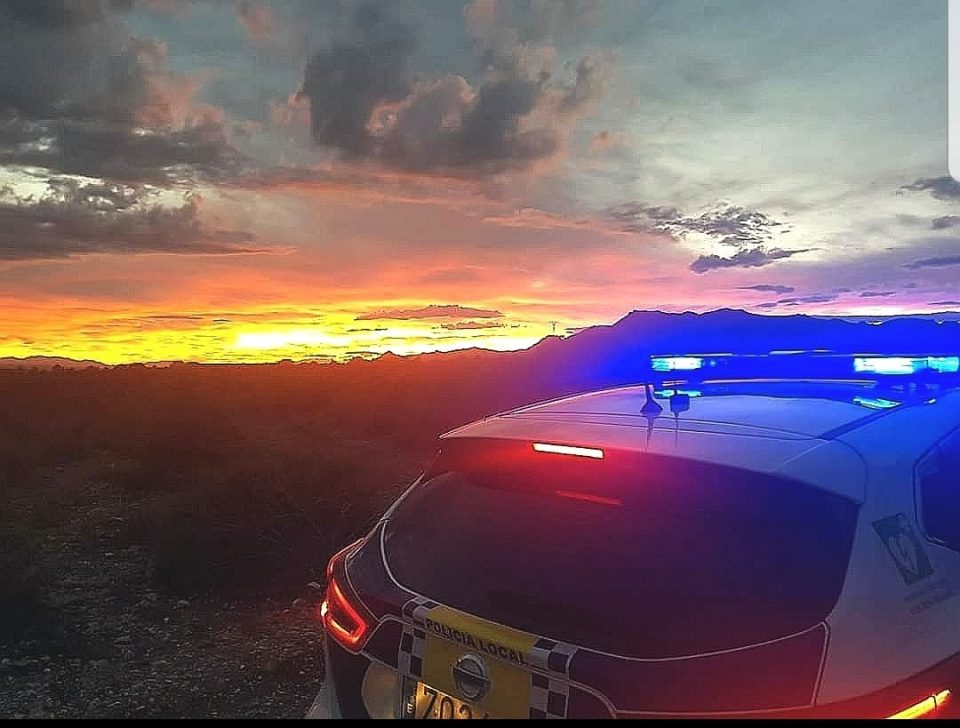 La Policía Local de Albatera salva la vida de un hombre que intentaba suicidarse 6