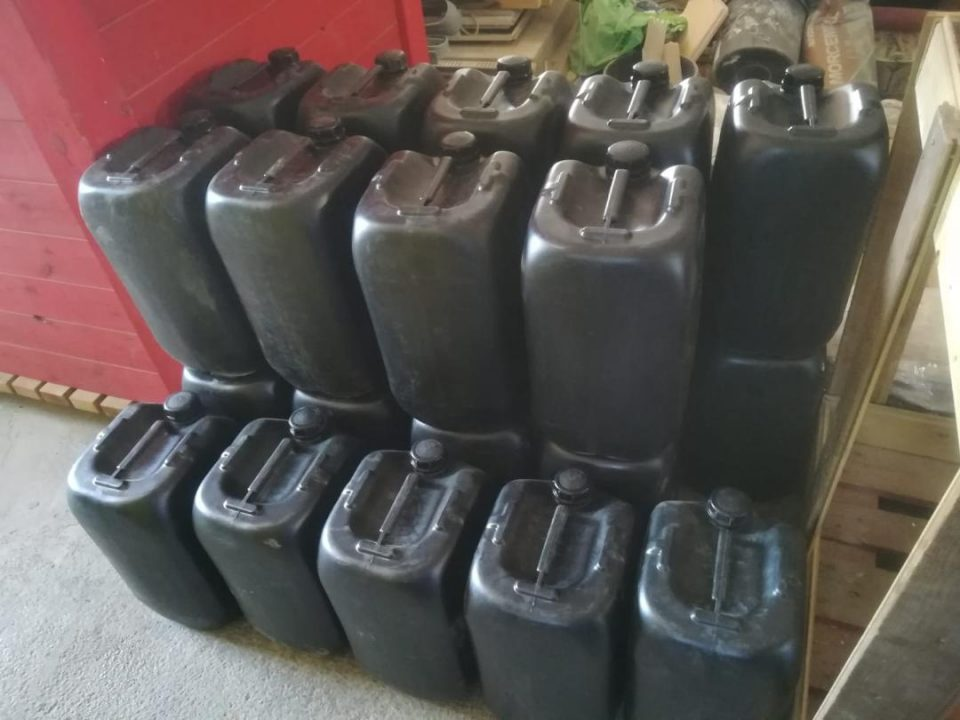 La Policía Local de Guardamar incauta un vehículo con 6.000 litros de gasolina 6