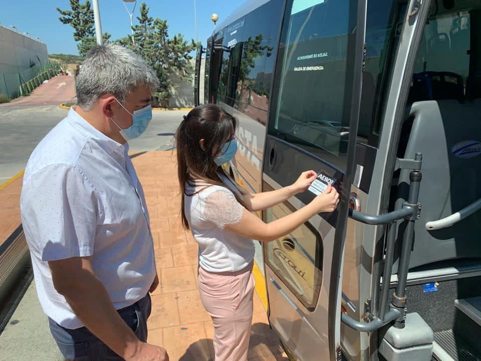 Los autobuses urbanos de Guardamar consiguen el sello de calidad contra la COVID-19 6