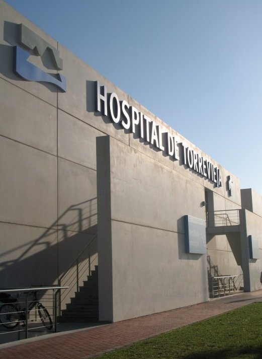 La mayoría prefiere una gestión directa del Hospital de Torrevieja 6