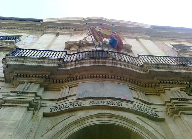 Juzgan a un hombre acusado de matar a otro a golpes en Torrevieja 6