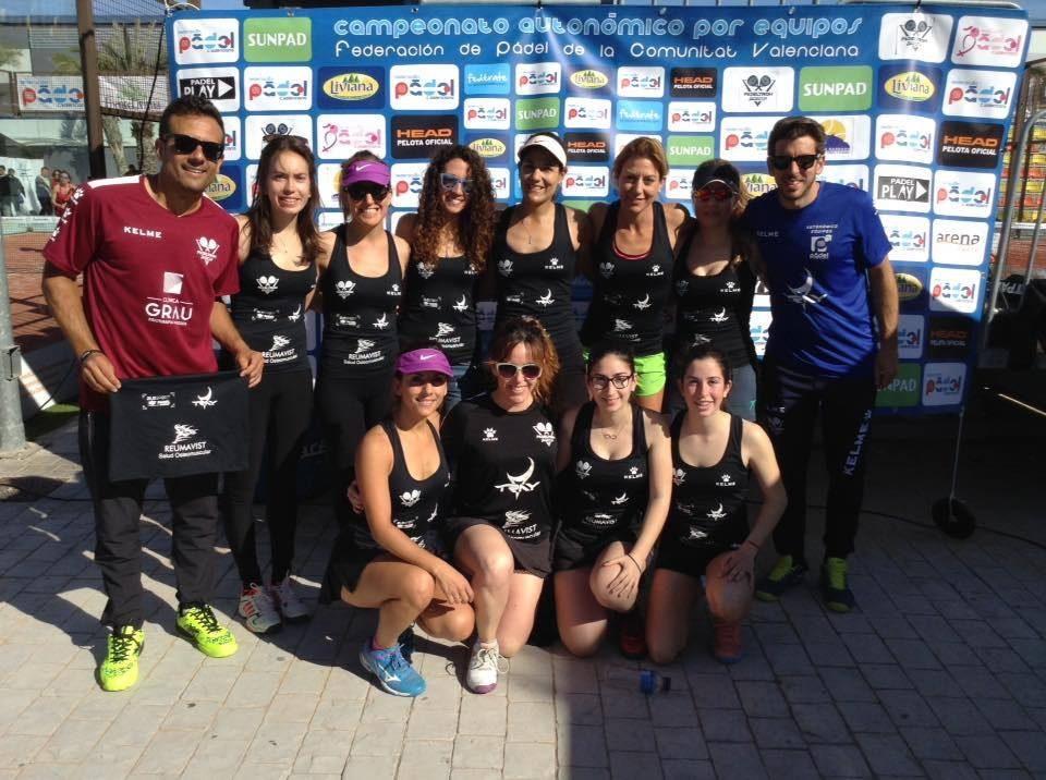 La oriolana Carmen Pérez Aracil se proclama campeona autonómica de pádel por equipos 6