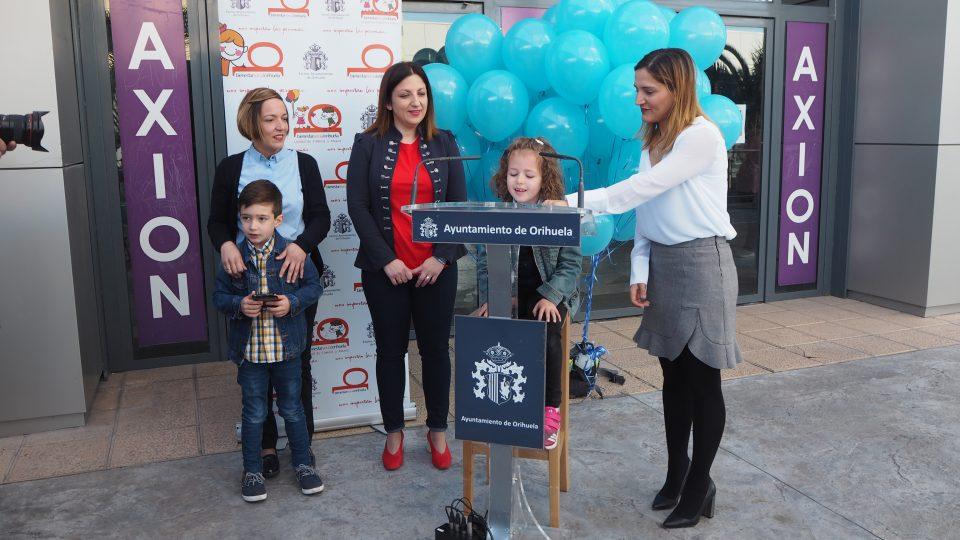 Orihuela se viste de azul para conmemorar el Día Mundial del Autismo 6