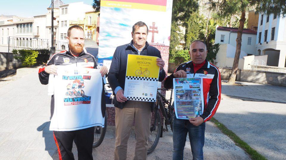 Orihuela celebra el Día Mundial de la Bicicleta con una ruta por la costa 6