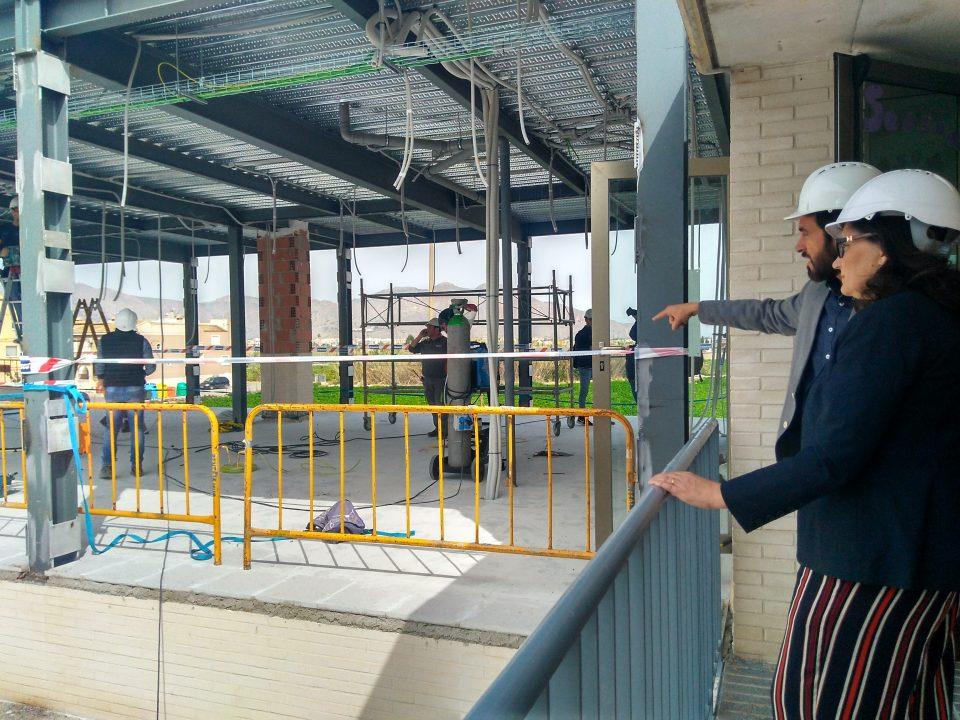 Las obras de ampliación del Colegio Manuel Riquelme de Hurchillo finalizarán en junio 6