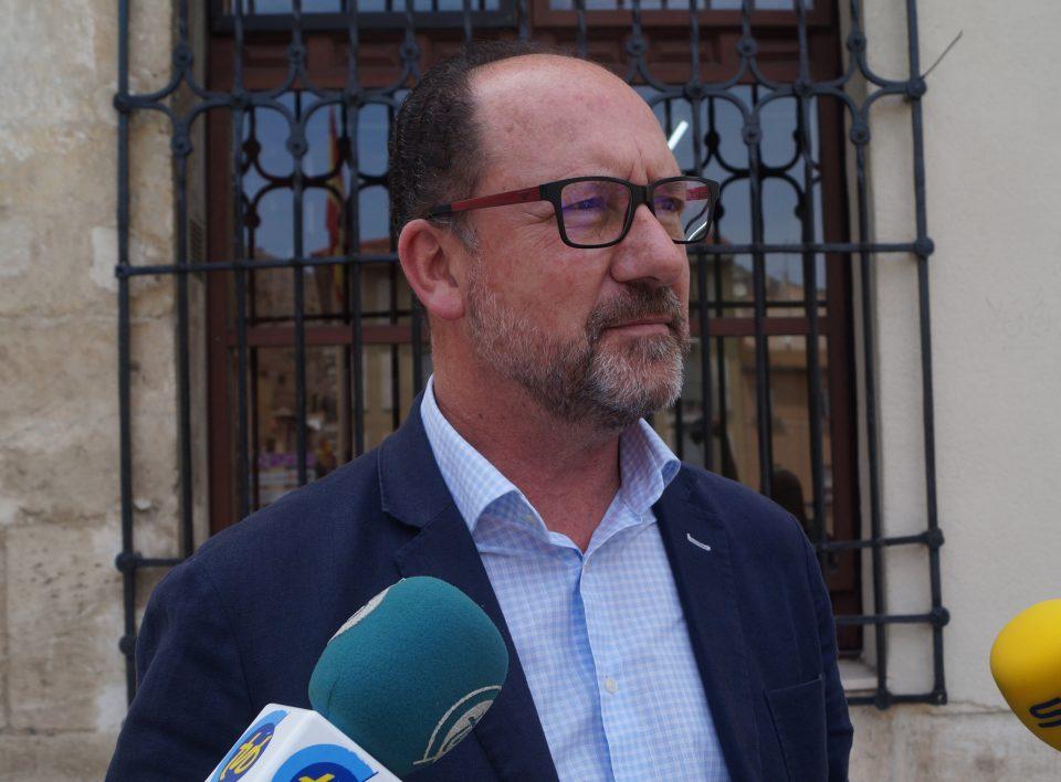 Bascuñana reclama mejoras en el servicio sanitario en Orihuela Costa 6