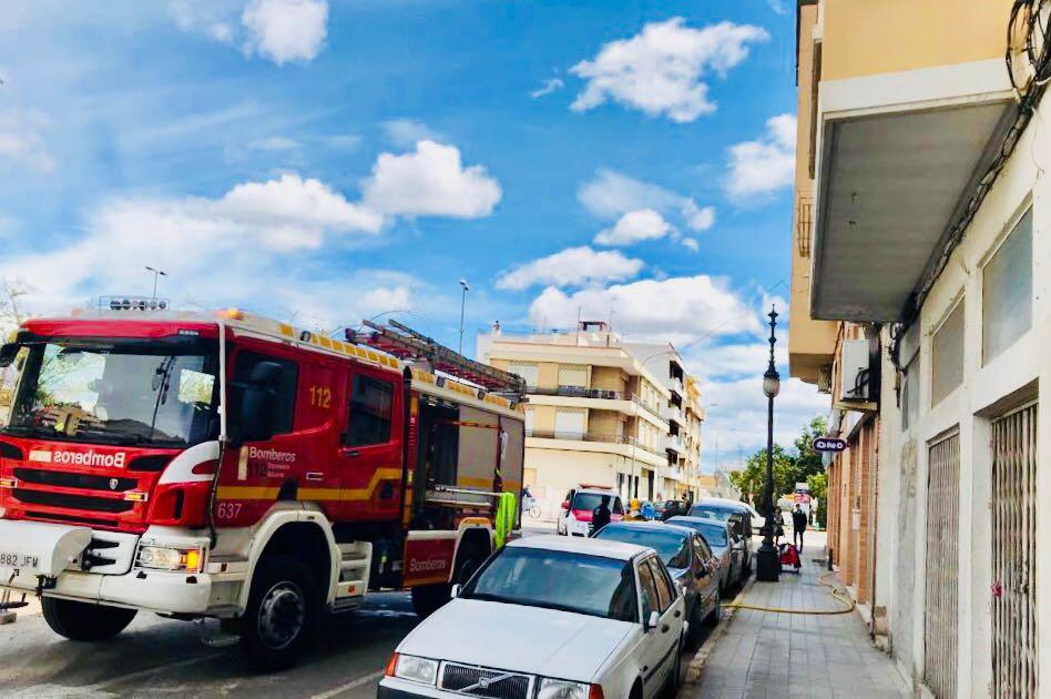 Heridas una madre y sus dos hijas durante un incendio en Torrevieja 6