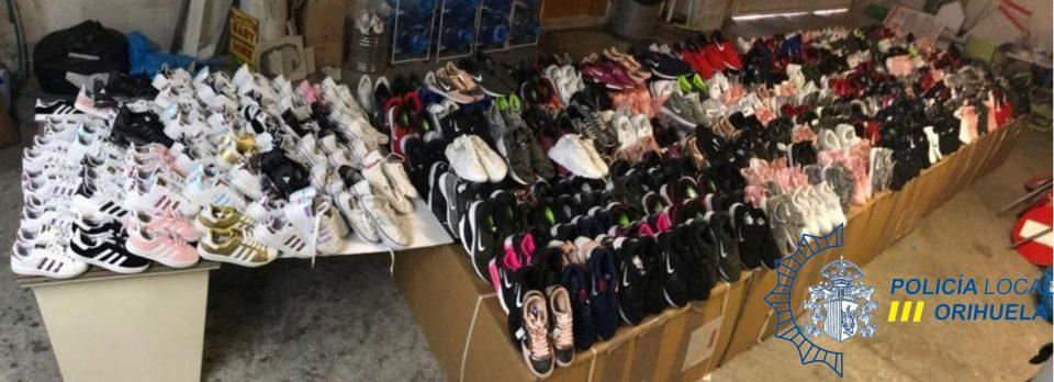 La Policía Local incauta más de 450 pares de zapatillas falsificadas 6