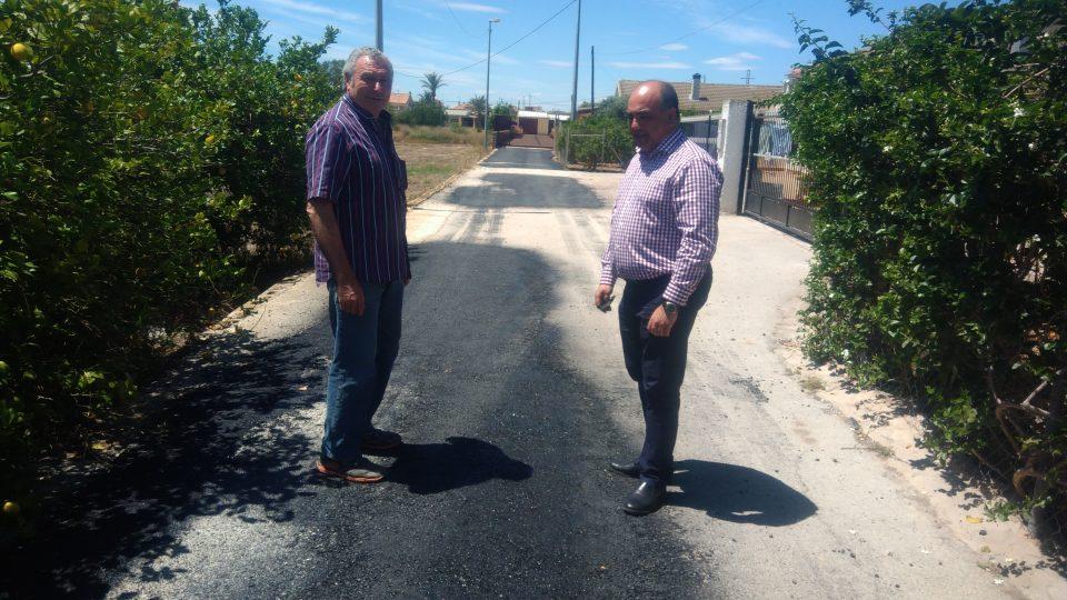 Orihuela inicia las obras en caminos rurales mediante bacheado en 9 pedanías 6