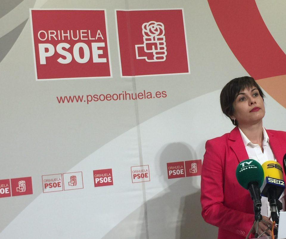 El PSOE de Orihuela deposita la Moción de Censura en una Notaría 6