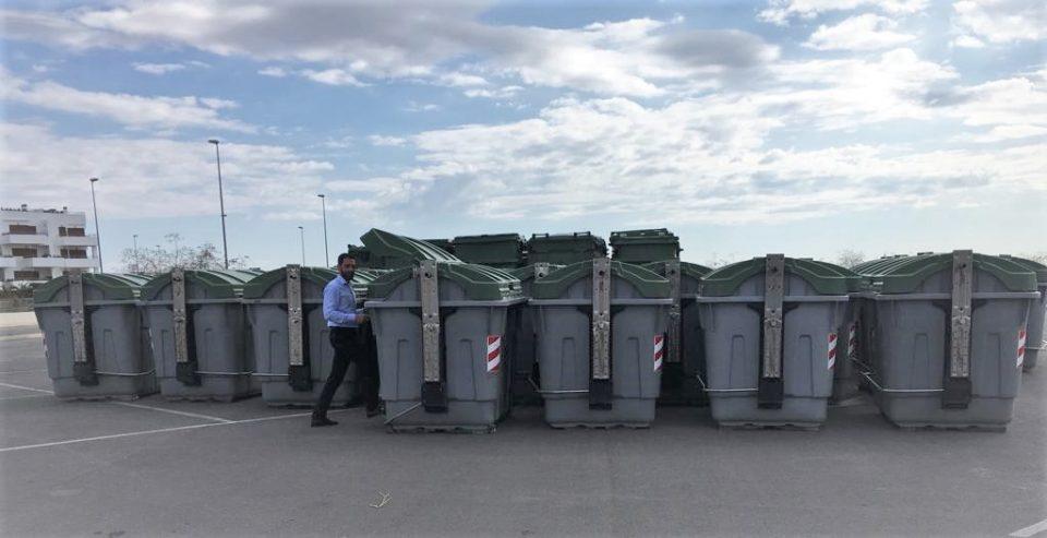 Limpieza Viaria incrementa los contenedores en Orihuela Costa 6
