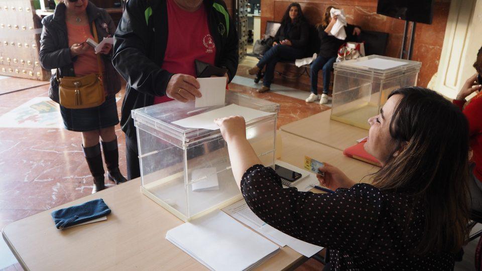 Los vecinos de los distritos X y XI de Orihuela Costa convocados a las urnas 6
