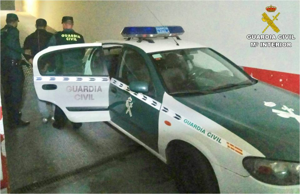 Dos detenidos en San Miguel de Salinas y Bigastro por falsificar 3.900 euros 6