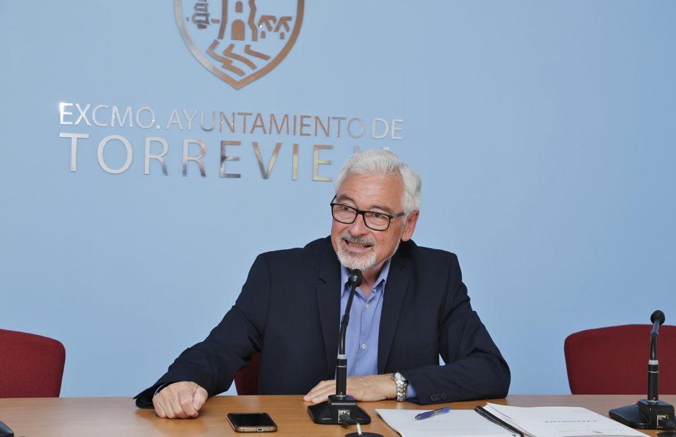 Dolón prevé para finales de año la firma del futuro contrato de las basuras 6
