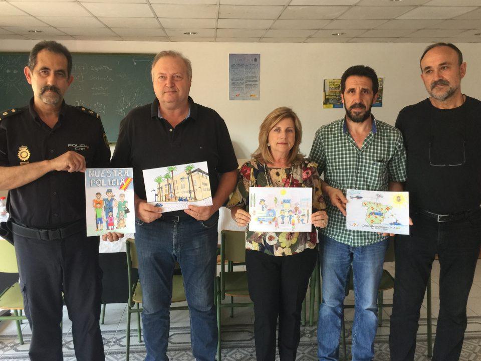 La Policía Nacional de Orihuela premia a los niños y niñas de primaria 6