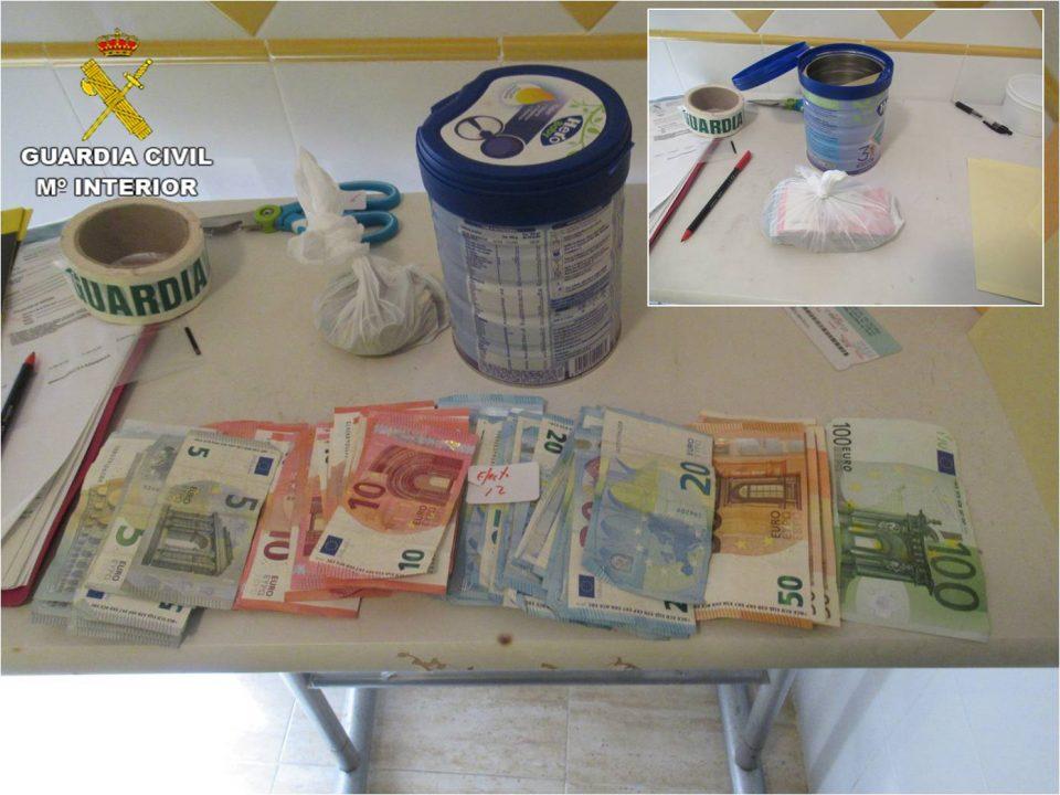 Detienen en Redován a tres personas por tráfico de drogas 6
