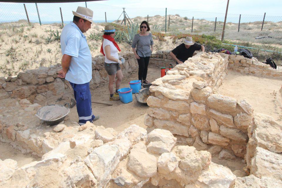 Guardamar trabaja en la restauración de sus yacimientos arqueológicos 6