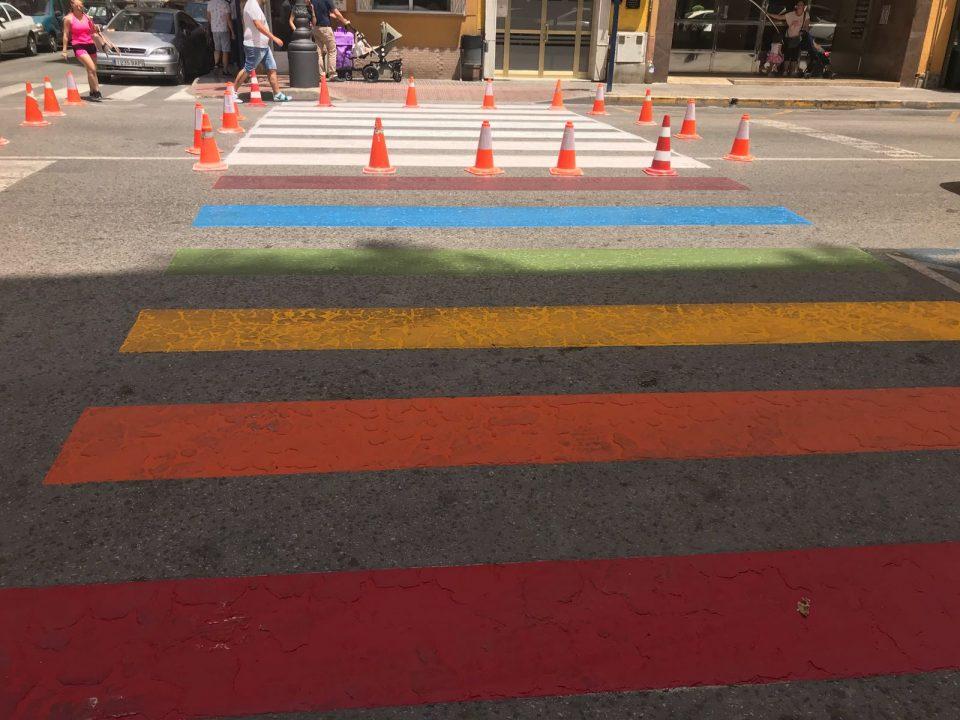 El arcoíris divide al equipo de gobierno en Orihuela 6