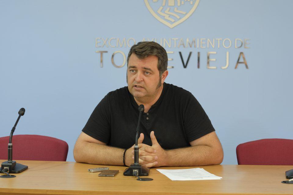 Torrevieja prohíbe las hogueras en la noche de San Juan 6