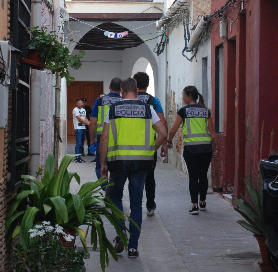 Desmantelan en Orihuela un punto negro de venta de drogas 6
