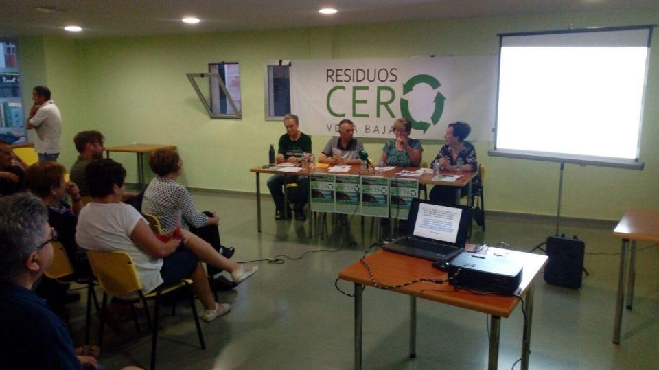 Residuos Cero Vega Baja propone soluciones contra el problema de las basuras 6