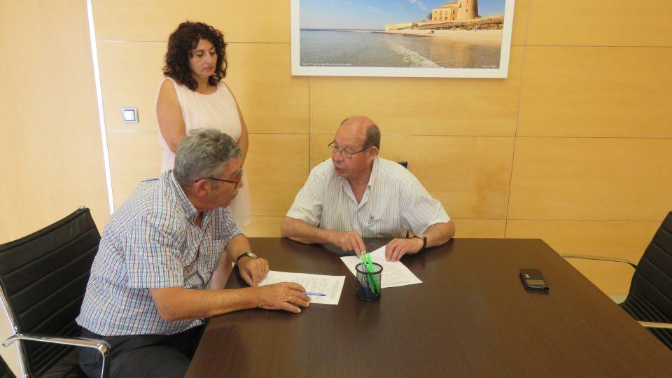 Pilar de la Horadada firma tres convenios para mejorar su oferta formativa 6