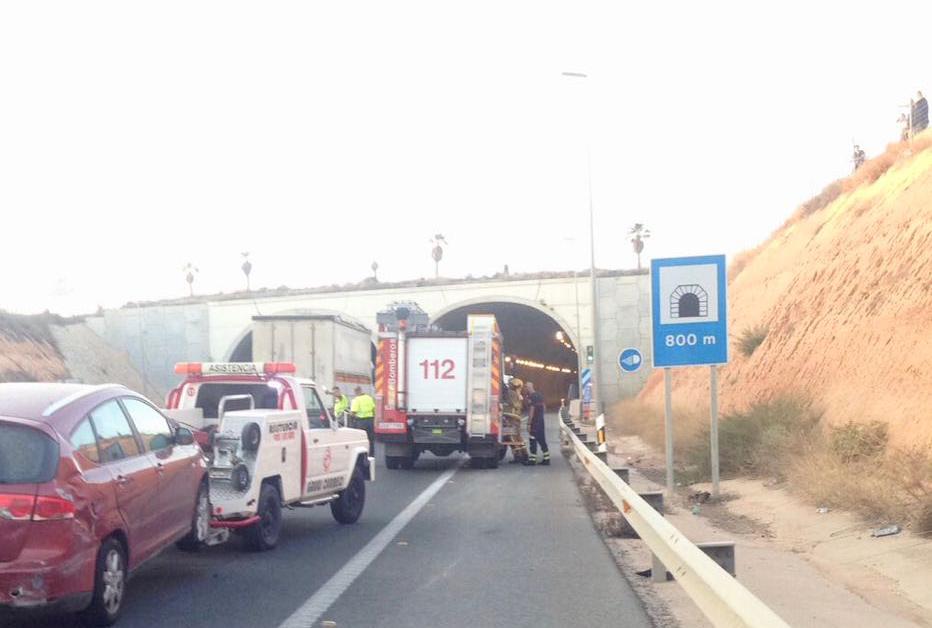 Un accidente en Pilar de la Horadada deja tres heridos 6