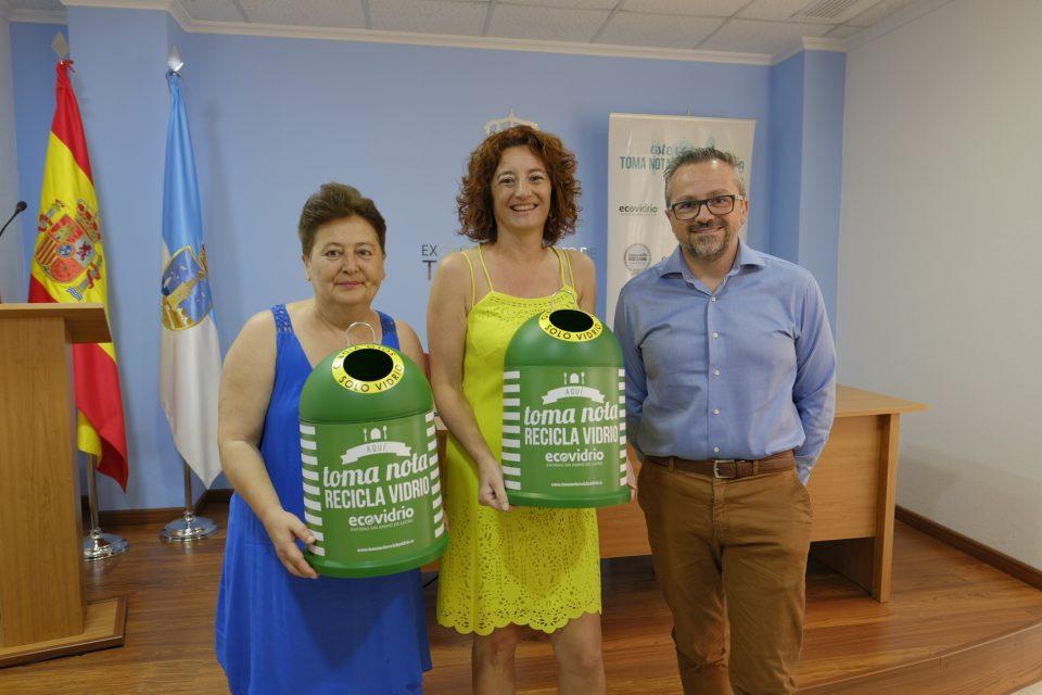 """Los hosteleros de Torrevieja se unen a la campaña""""Toma nota, recicla vidrio"""" 6"""