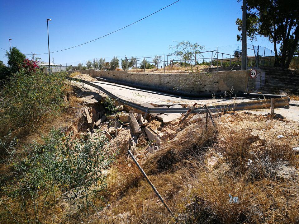 Benejúzar inicia las obras de reparación del vial de acceso a la piscina municipal 6