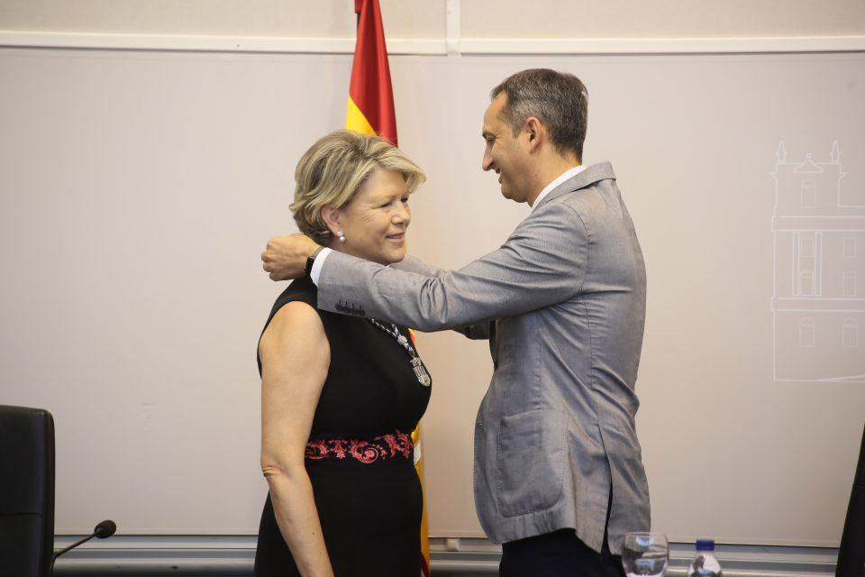 Carmen Verdú asume su cargo como diputada provincial 6