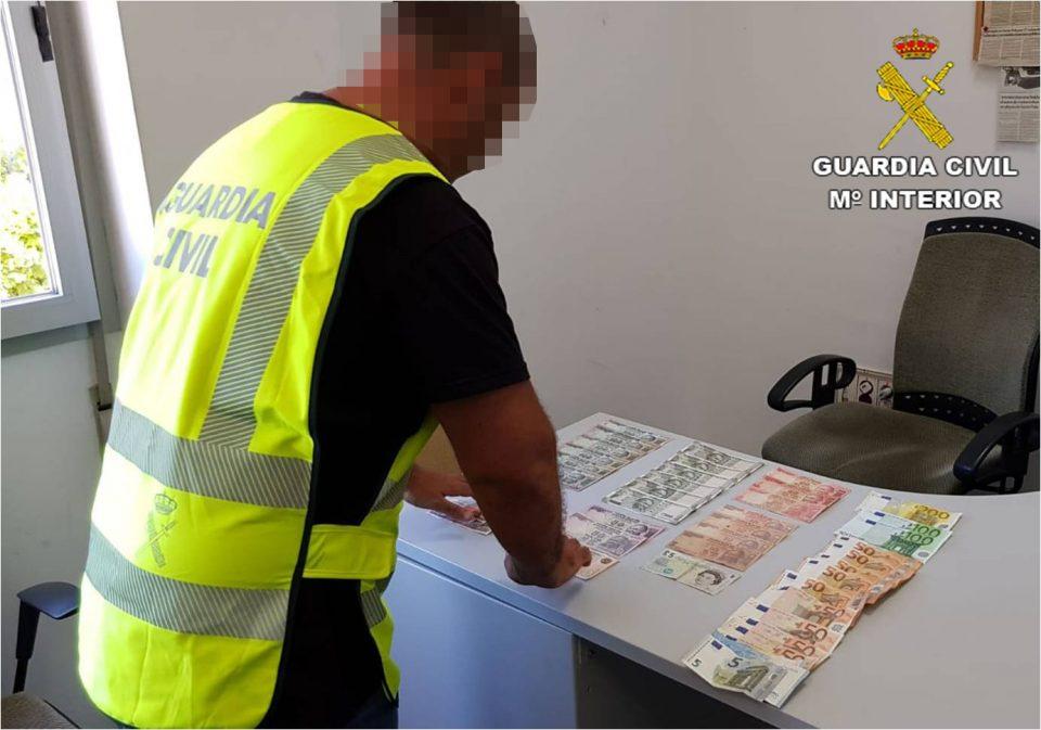 Detenida una banda de croatas en San Miguel de Salinas dedicados al robo en viviendas 6