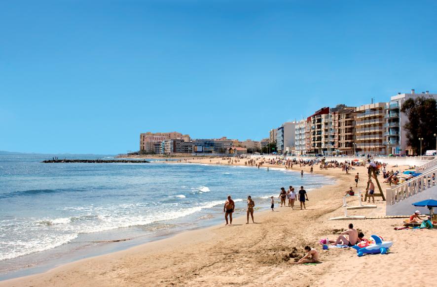 Fallece ahogado un hombre en la Playa de los Locos 6