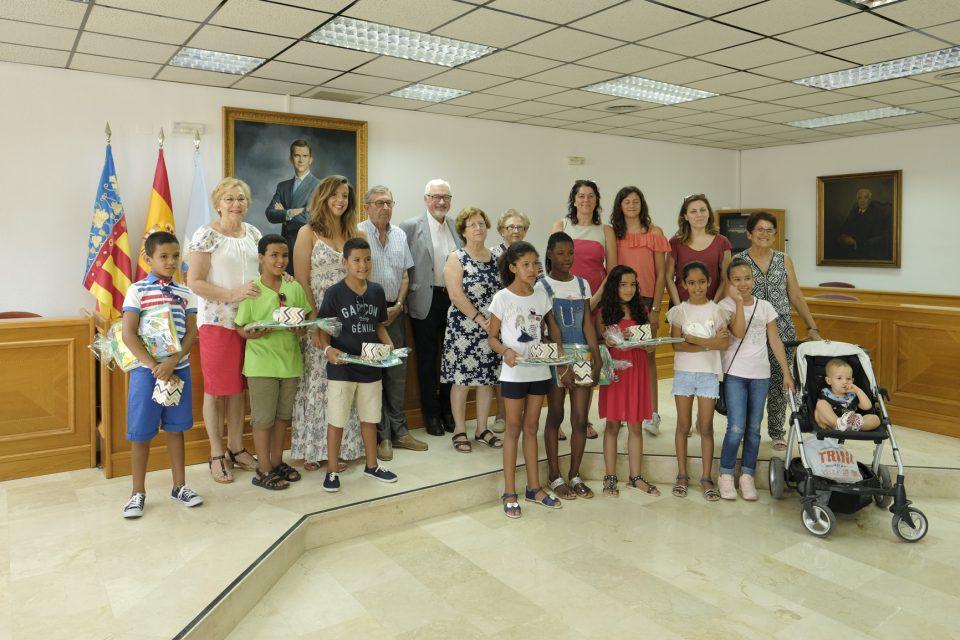 """Torrevieja da la bienvenida a los niños saharauis del programa """"Vacaciones en Paz"""" 6"""