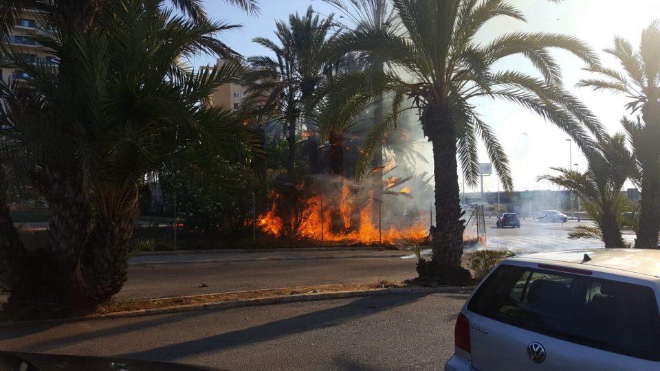 Los vecinos de La Veleta sospechan que el incendio del martes fue provocado 6