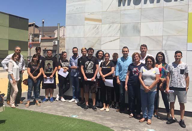 Contratan a 10 jóvenes desempleados en el proyecto 'T'avalem Catral Tradición Verde' 6