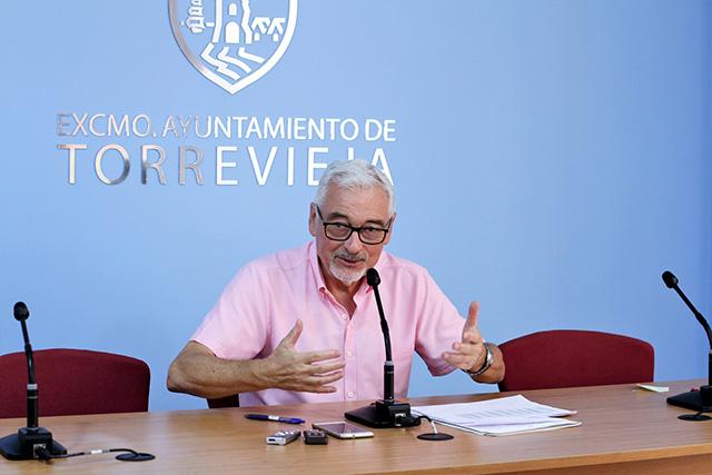 Pendiente de Tesorería el pago de las nóminas de los funcionarios en Torrevieja 6