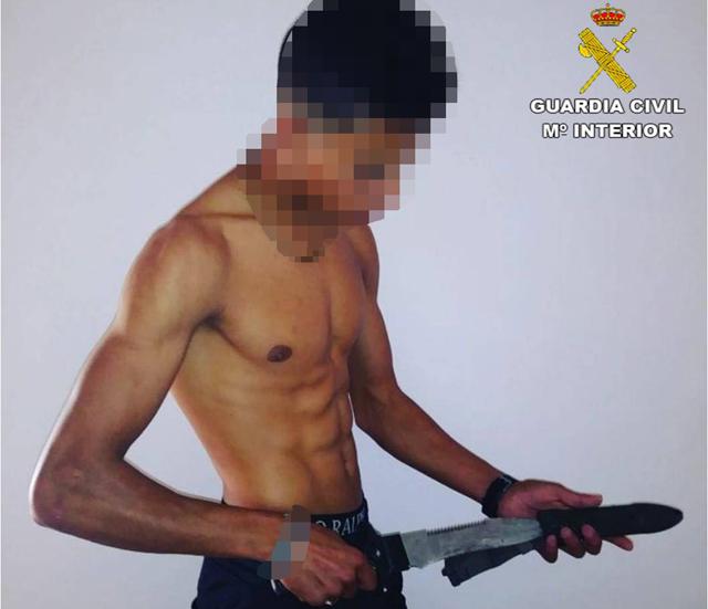 Detienen en Callosa a tres violentos menores asaltantes 6