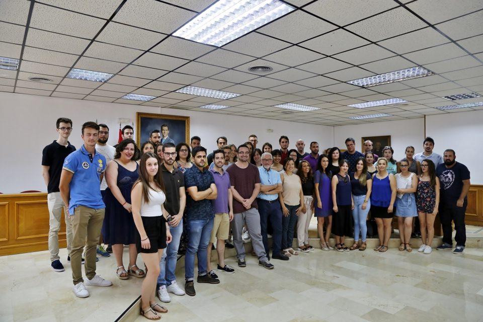 Torrevieja da la bienvenida a los 46 jóvenes que trabajarán durante 1 año en el ayuntamiento 6