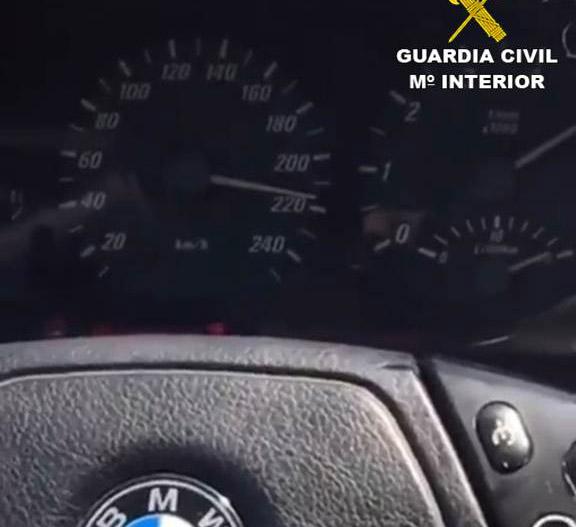 """""""Pillado"""" en Torrevieja al grabarse en vídeo conduciendo a 240 km/h 6"""