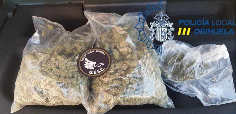 La Policía Local incauta 600 gramos de marihuana en un piso de Orihuela 6
