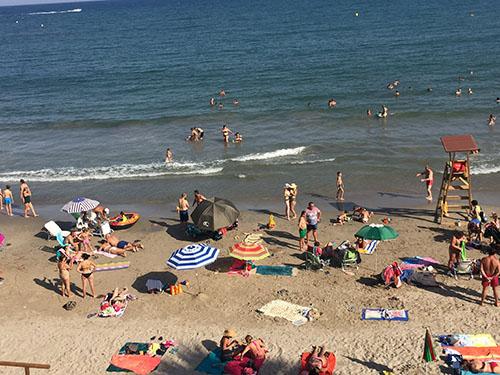 Un niño de 7 años hospitalizado con síntomas de ahogamiento en Torrevieja 6