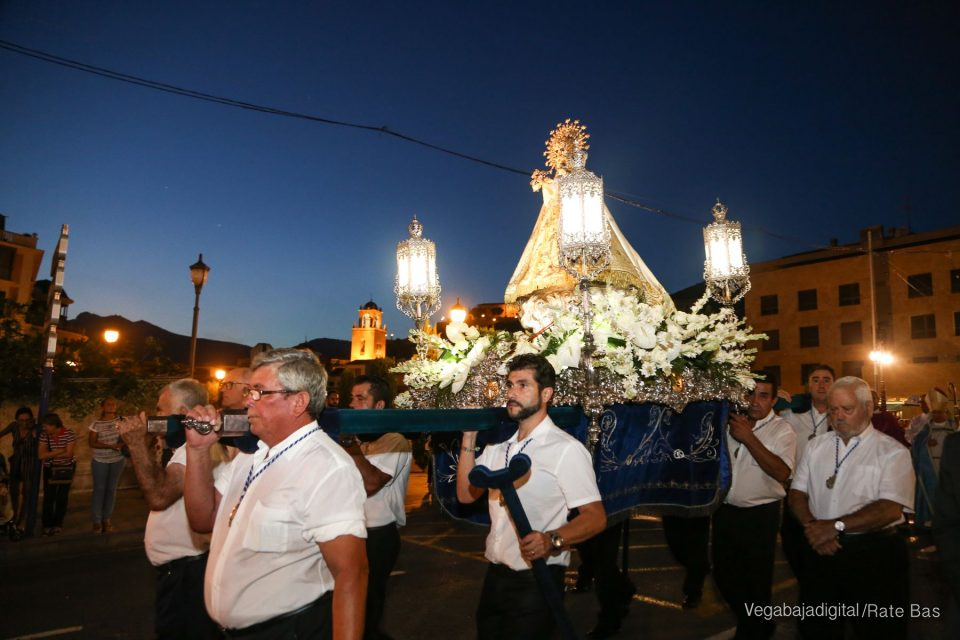 Procesión Virgen de Monserrate 6