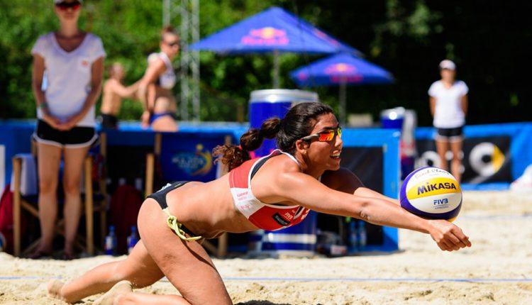 La oriolana Paula Soria vuelve a reinar en voley playa 6
