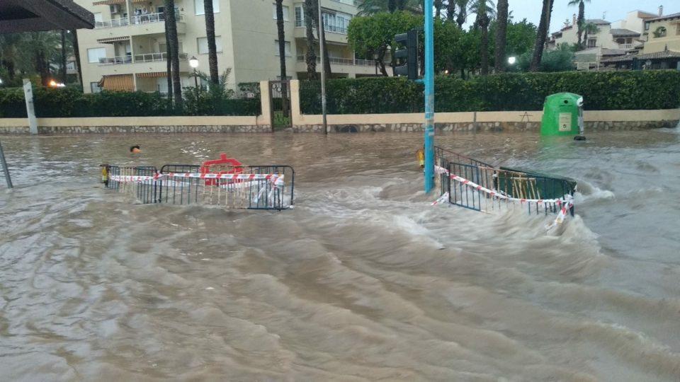 La lluvia inunda la Comarca de la Vega Baja 6