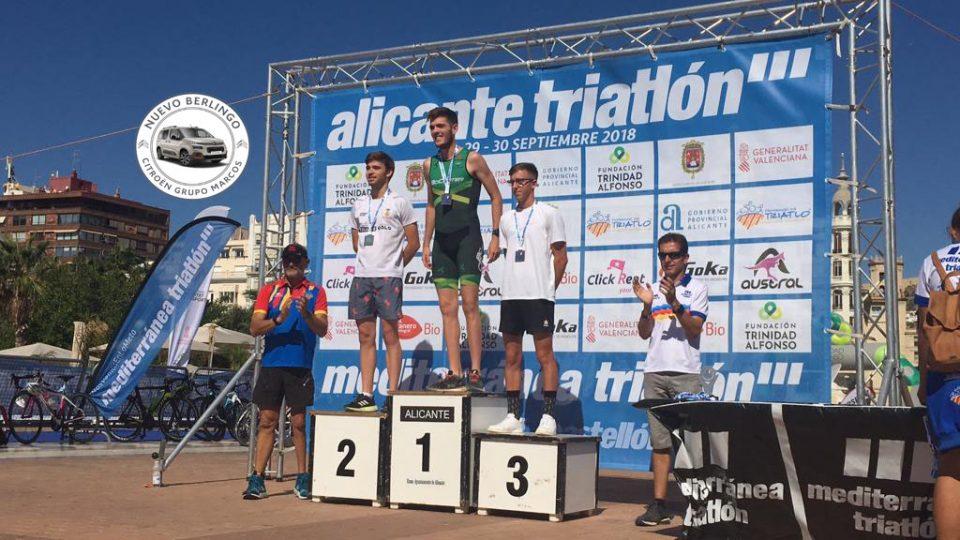 Esteban Meseguer, primer clasificado sub-23 en el triatlón de Alicante 6