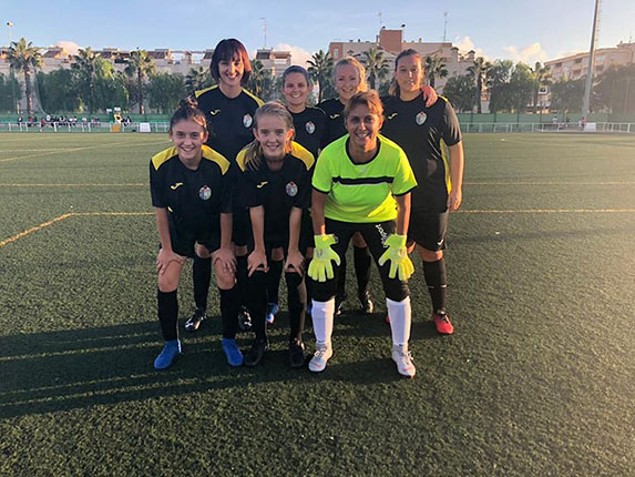 El Torrevieja CF abandonó el partido que inició con 7 jugadoras 6
