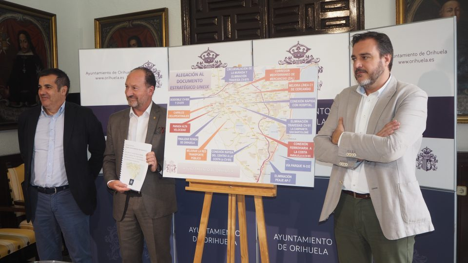 Bascuñana reivindica al Consell las necesidades de la Vega Baja 6