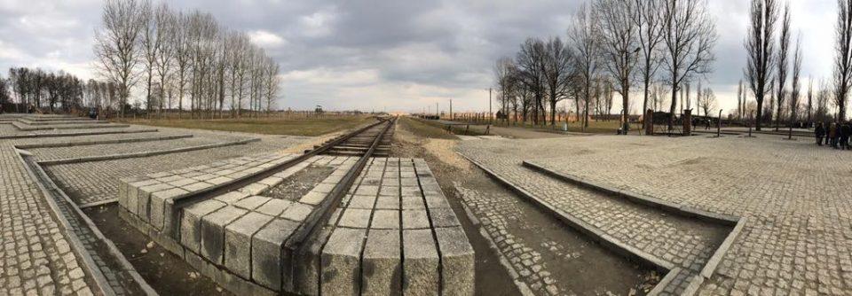 Auschwitz protagoniza una exposición fotográfica en Almoradí 6