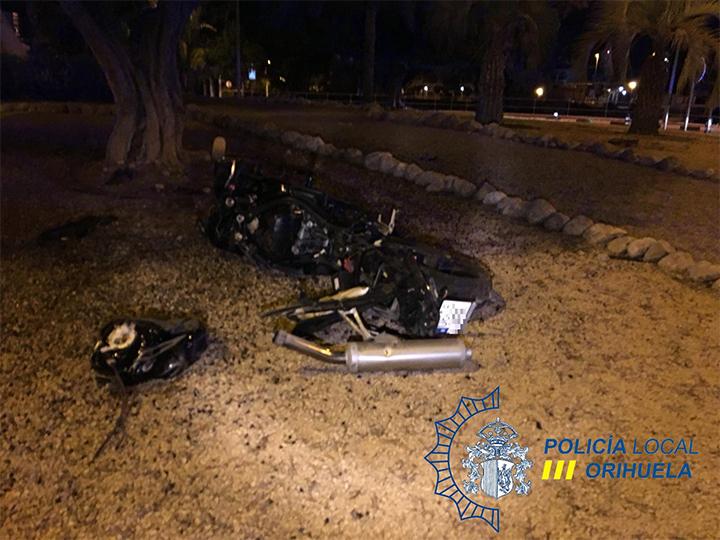 Un motorista sufre un accidente dando positivo en alcohol en Orihuela Costa 6